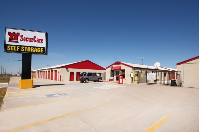 SecurCare Self Storage Midwest City facility