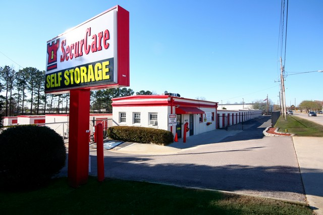 SecurCare Self Storage Raleigh facility exterior