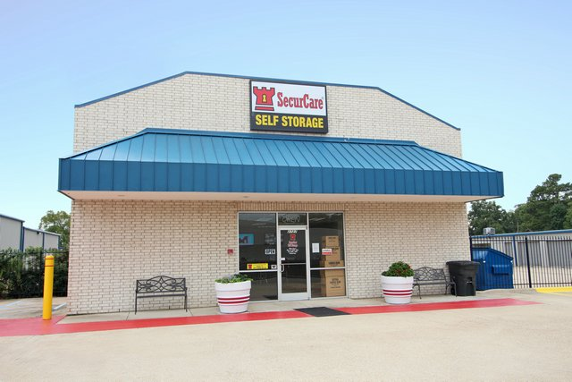 SecurCare Self Storage Shreveport facility exterior
